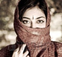 3954051-mysterious-indian-woman